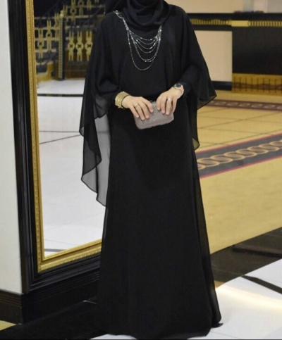 1d5229dd41aa5 Ahsen zincirli elbise
